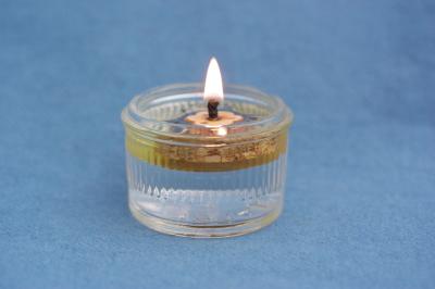 Set aus Glas, Öllicht (runder Schwimmer) und Deckel